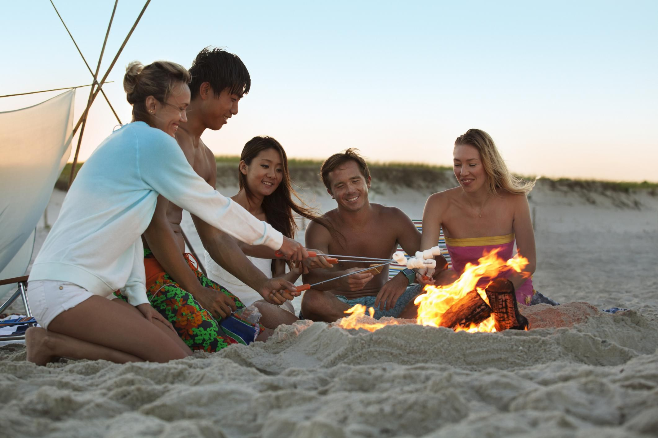 How To Throw A Bonfire Party For Teens