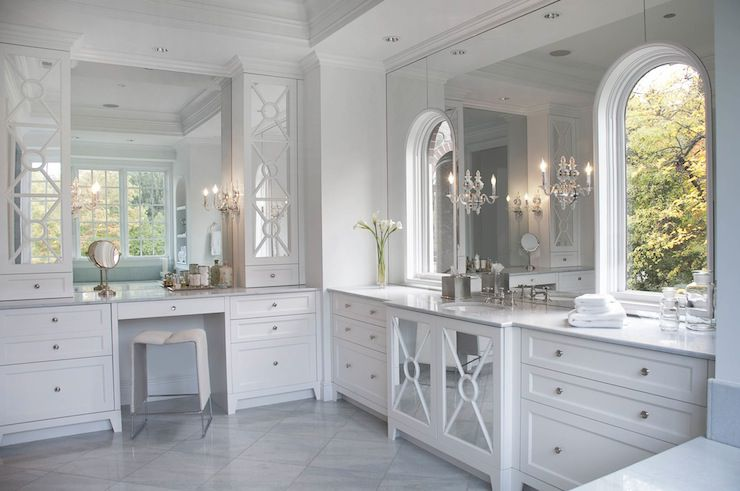 Large Bathroom With Arched Windows