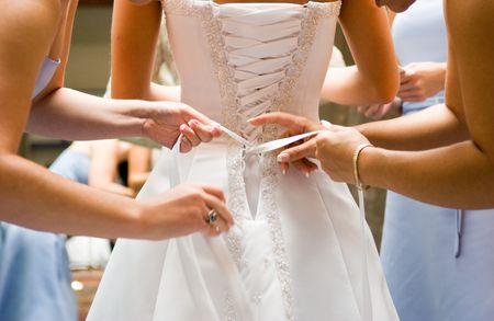 5 Ways to Score a Free Wedding Dress