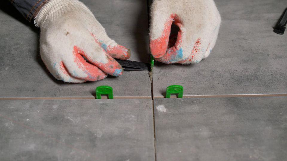Installing outdoor tile