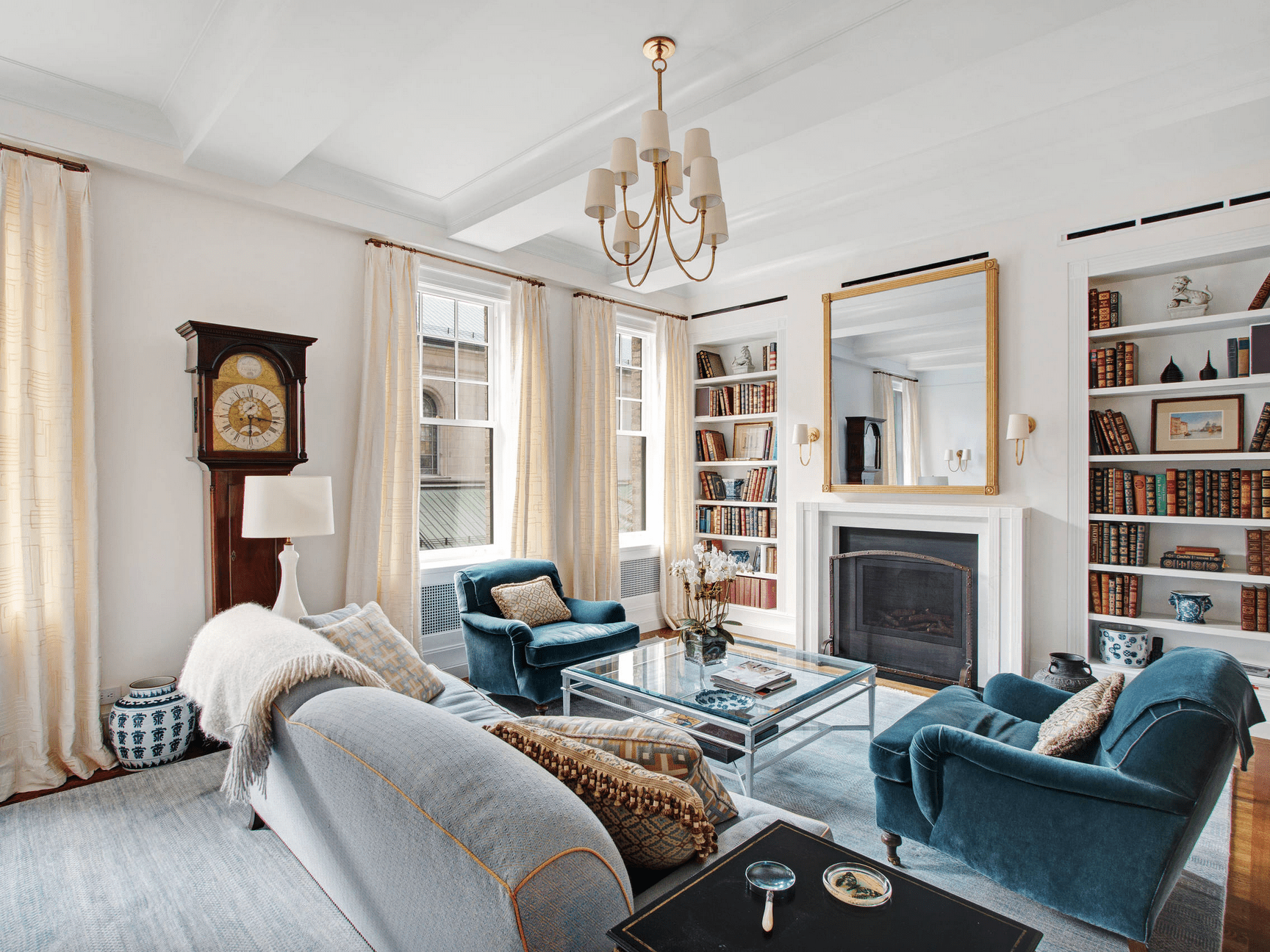 Image of: 22 Beautiful Living Rooms With Fireplaces