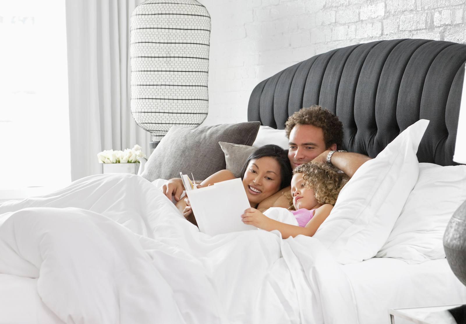 buena cama y dormitorio de feng shui
