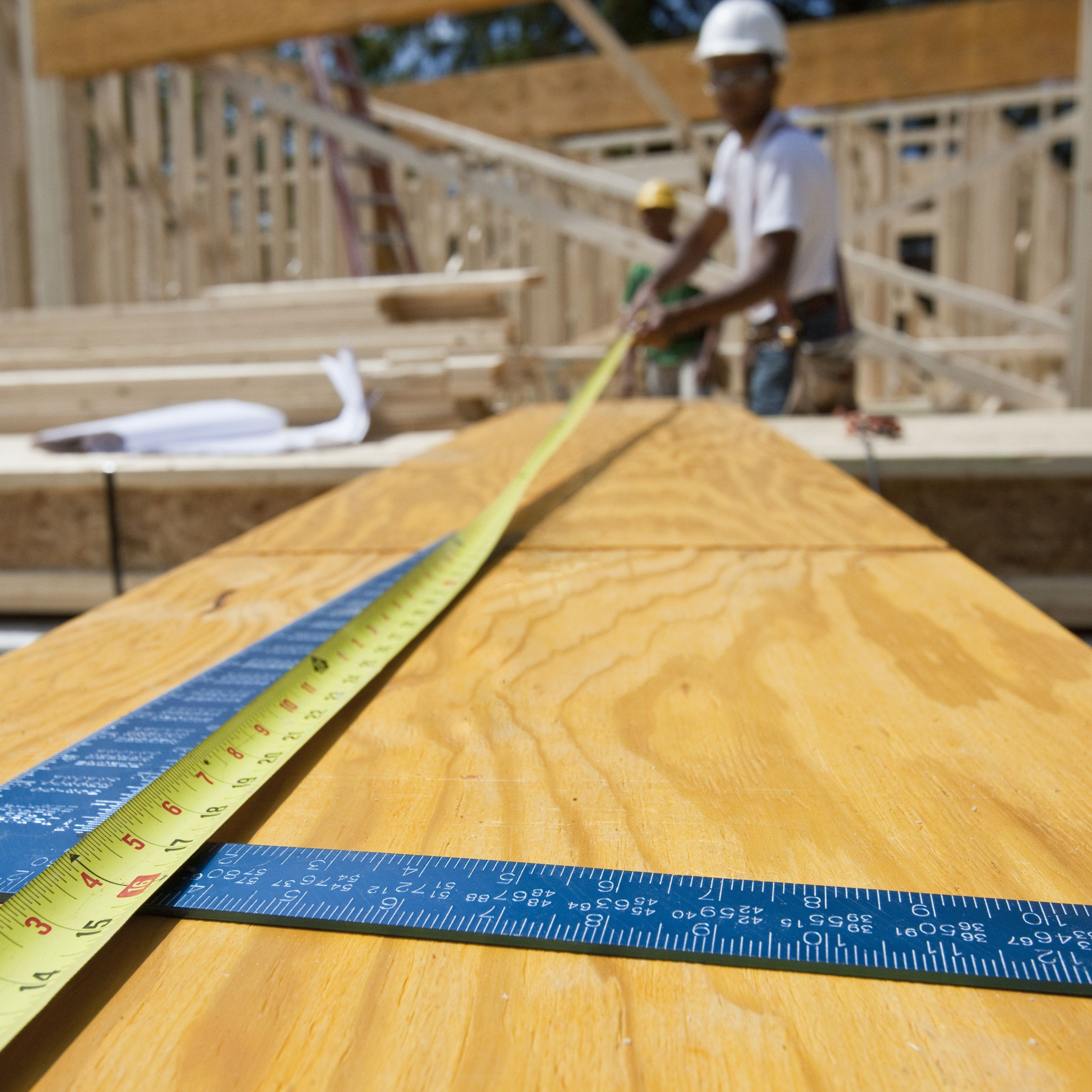 Using Microlam or LVL (Laminated Veneer Lumber)