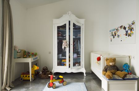 10 Storage Solutions For Kids Bedrooms Without Closets
