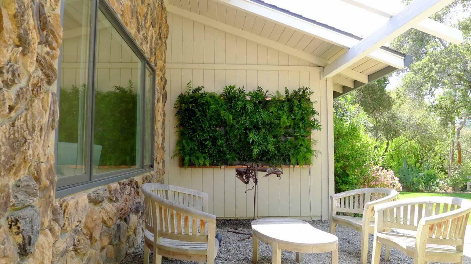 Vertical Garden wall decoration