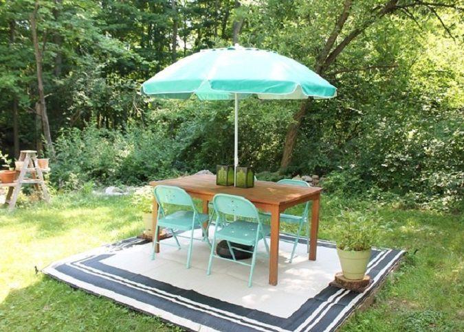 Super Easy DIY Backyard Deck