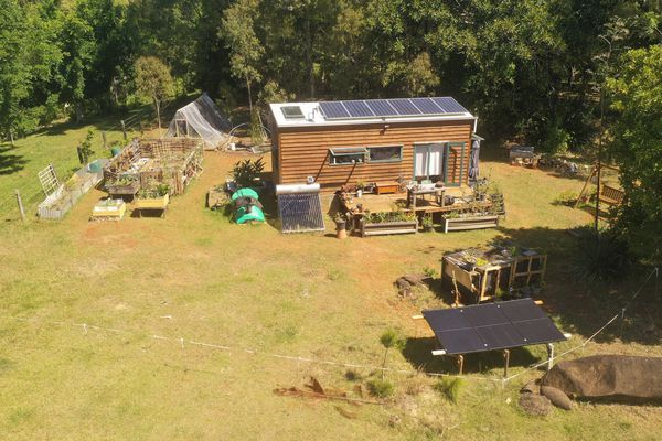 Off-grid tiny home in Byron Bay, Australia