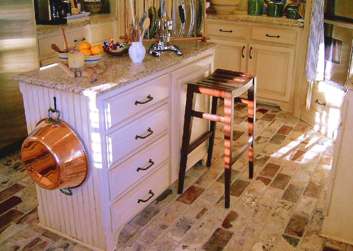 Pictures of Hardwood, Vinyl and More Kitchen Flooring