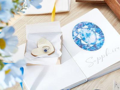 5h wedding anniversary gift ideas