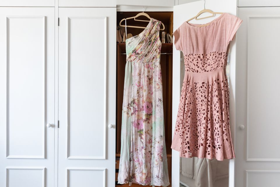 light colored dresses to wear to a wedding