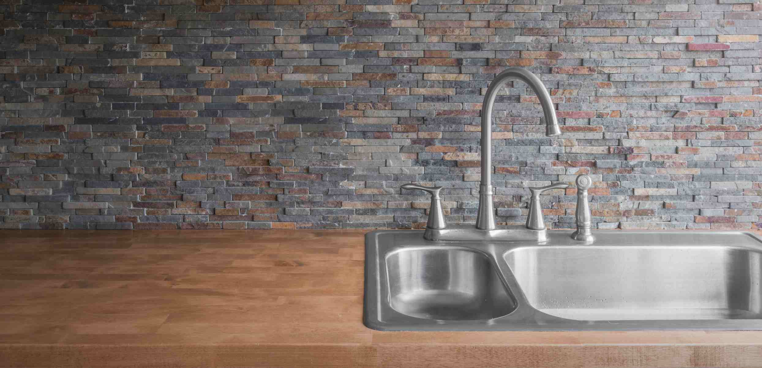 Drop-in style kitchen sink