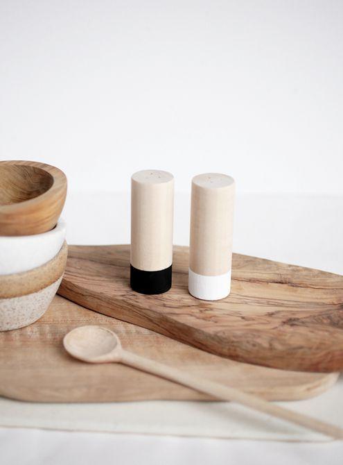 DIY Wood Salt And Pepper Shakers