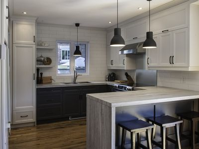 Terrific Why You Should Buy A Laminate Countertop For Your Kitchen Or Home Interior And Landscaping Analalmasignezvosmurscom