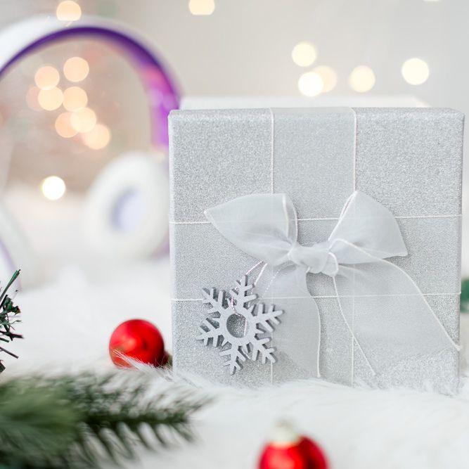 What Are Good Christmas Gifts For Young Adults