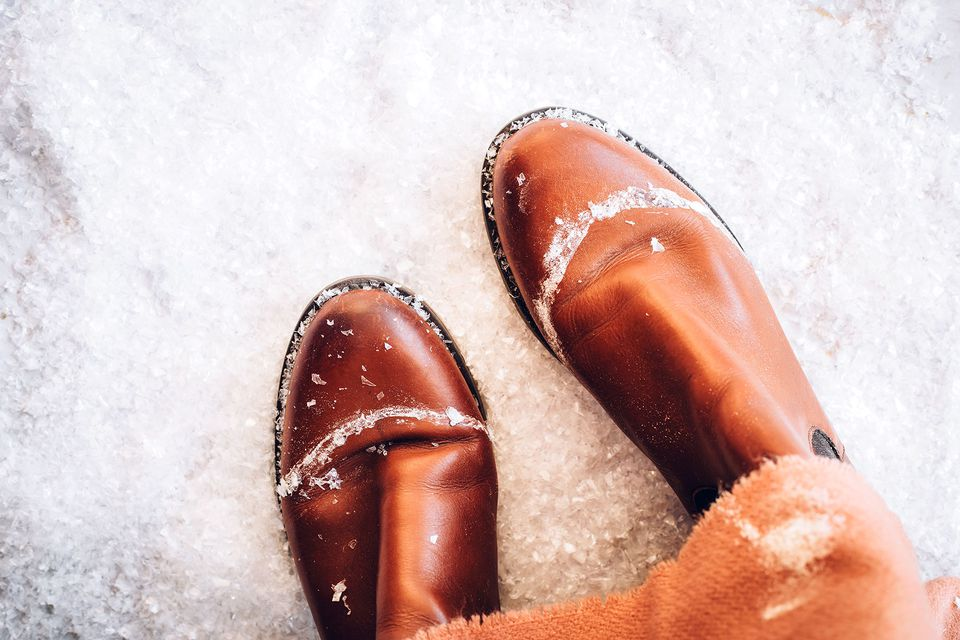 salt stains on boots