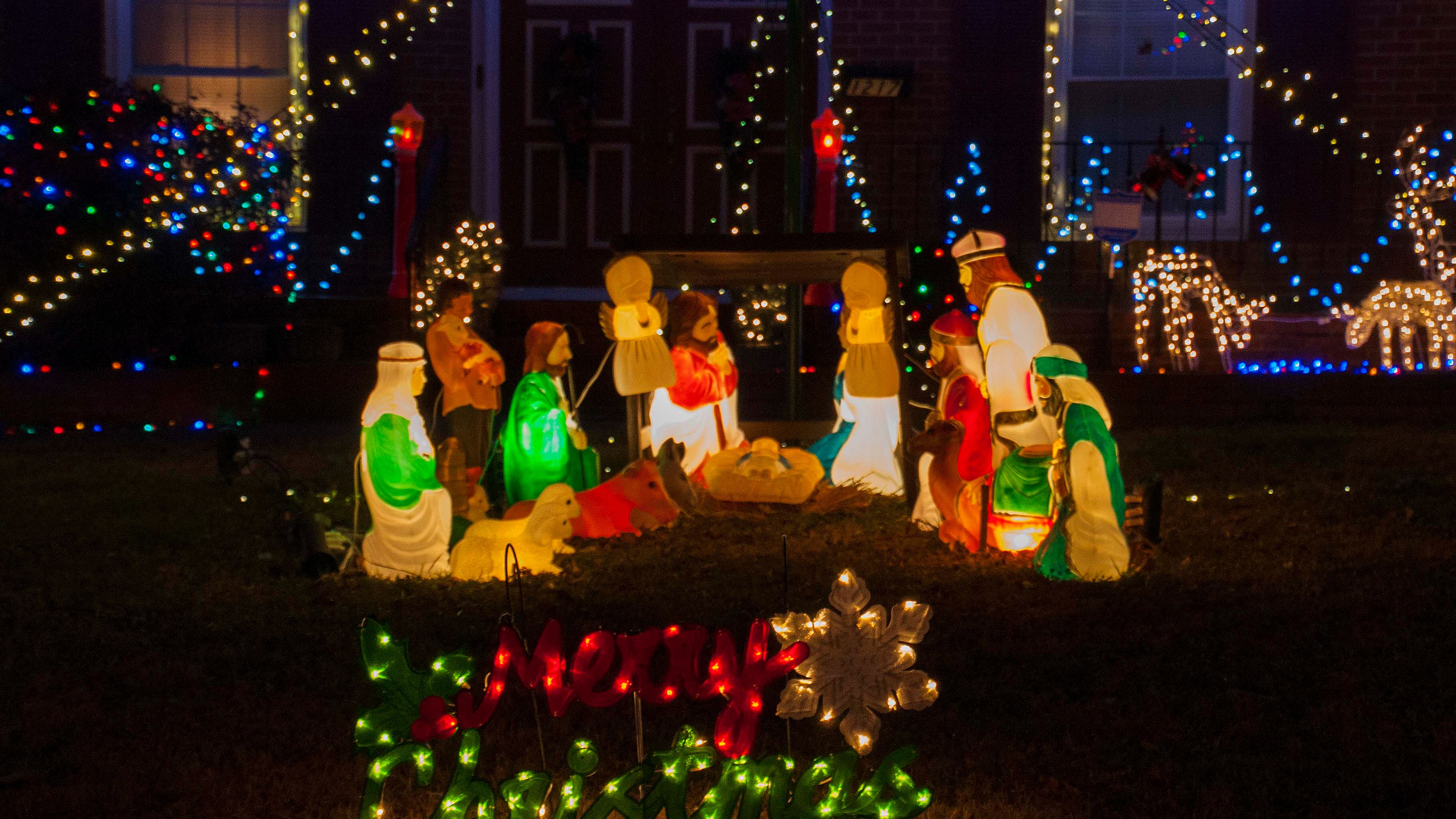 30+ Great Christmas Decorations Houston