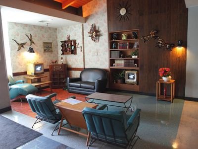 Mid Century Modern Living Room Elements In One Picture