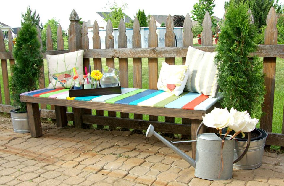 10 Wood Pallet Ideas For The Garden