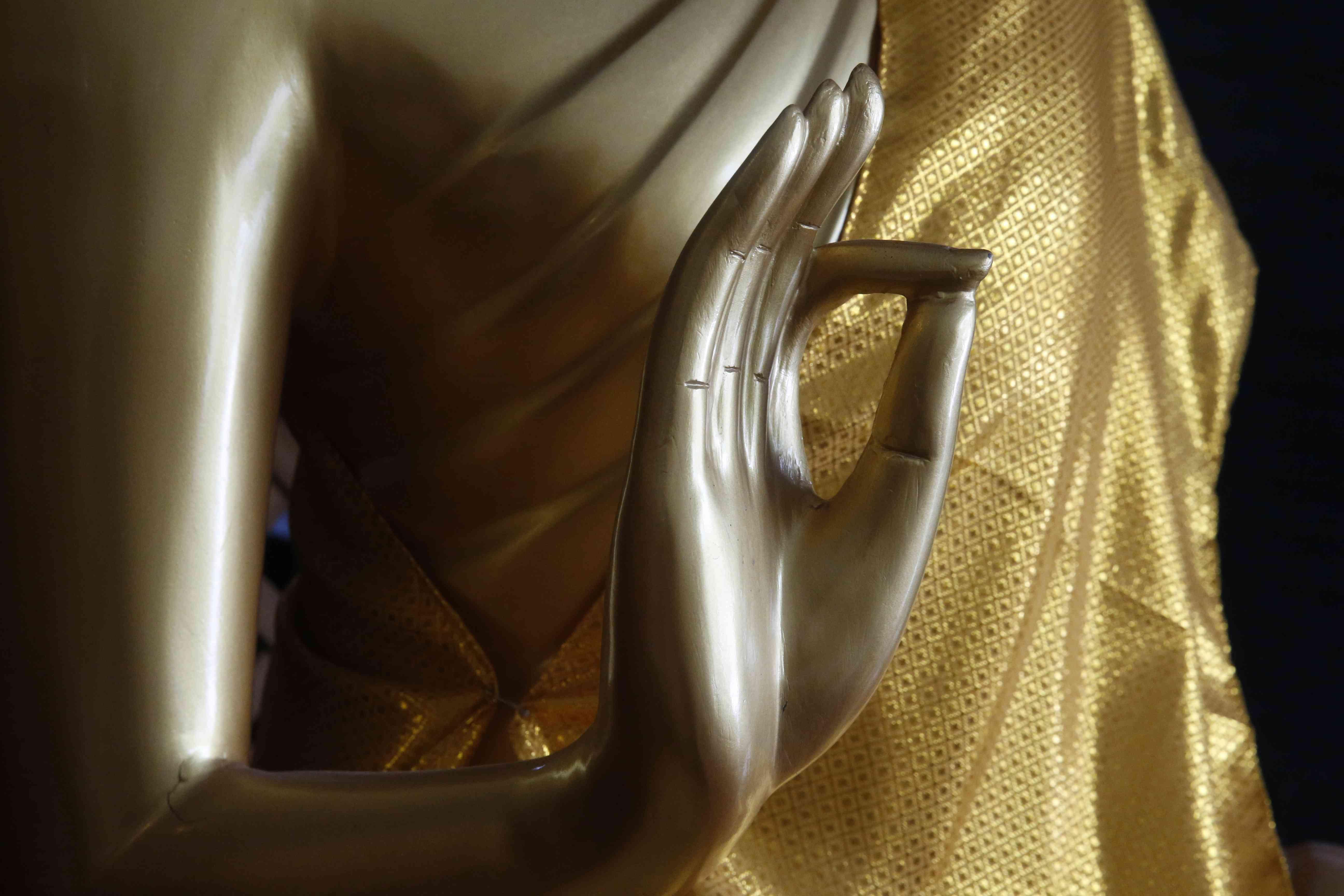 Dharmachakra Mudra estatua de Buda