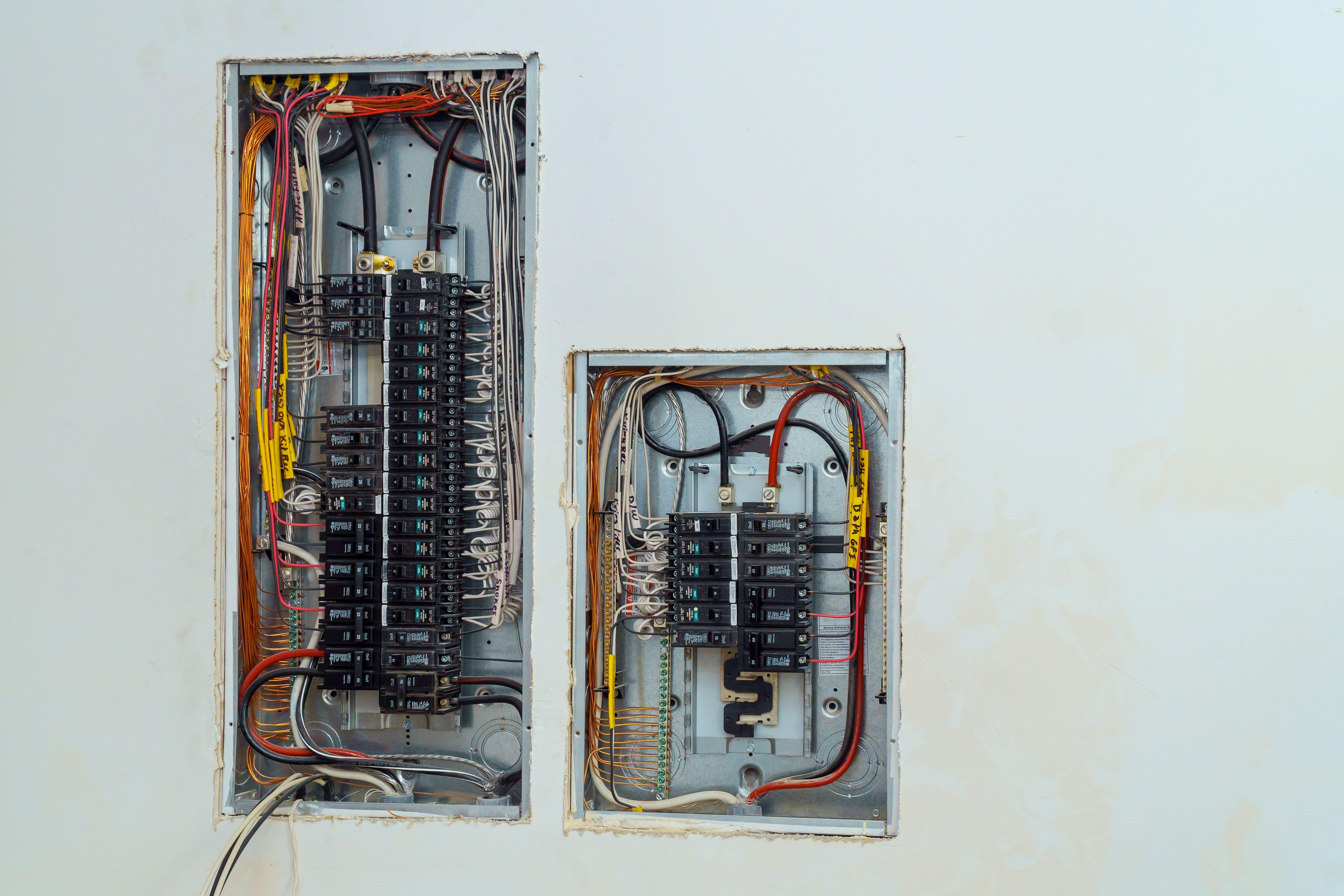 Are Circuit Breakers Interchangeable