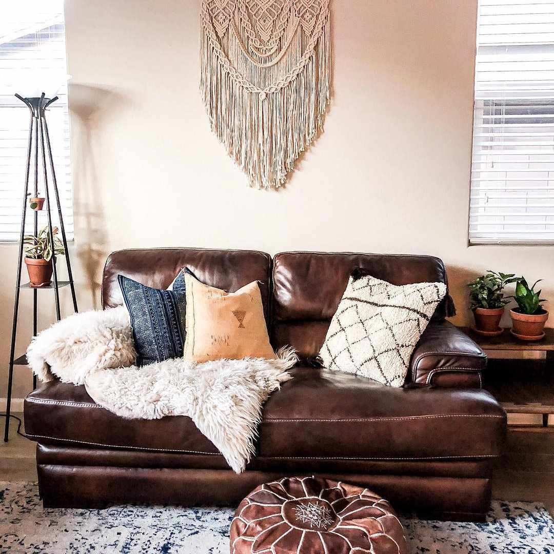 Living room with macramé on the wall