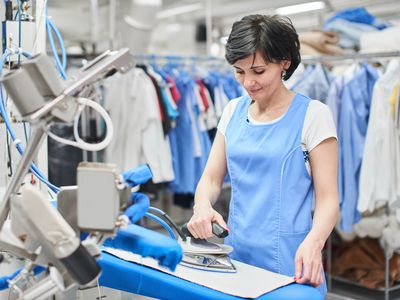 How to use home dry cleaning kits correctly do you know what really happens at the dry cleaner solutioingenieria Image collections