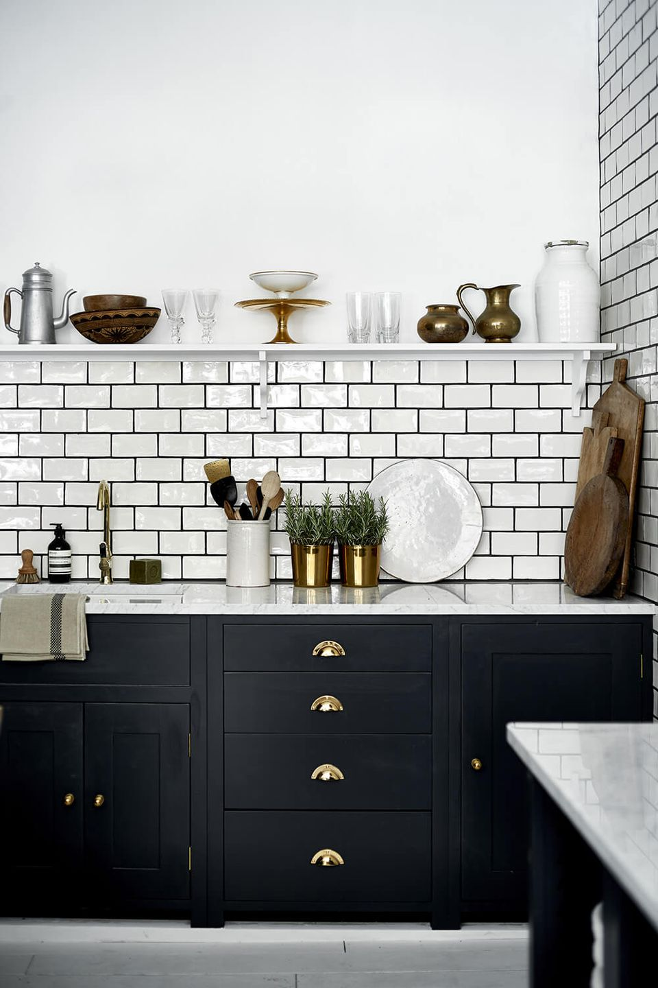 19 Ways to Use Subway Tile in the Kitchen