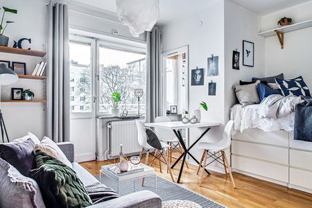 Awesome 12 Perfect Studio Apartment Layouts That Work Interior Design Ideas Tzicisoteloinfo