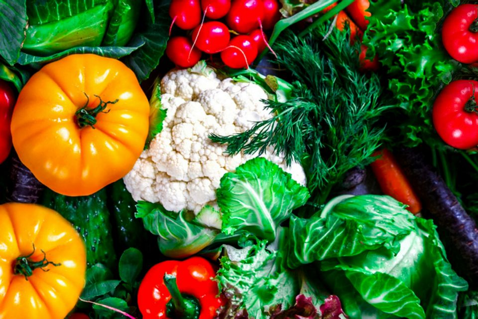 heirloom and hybrid vegetables