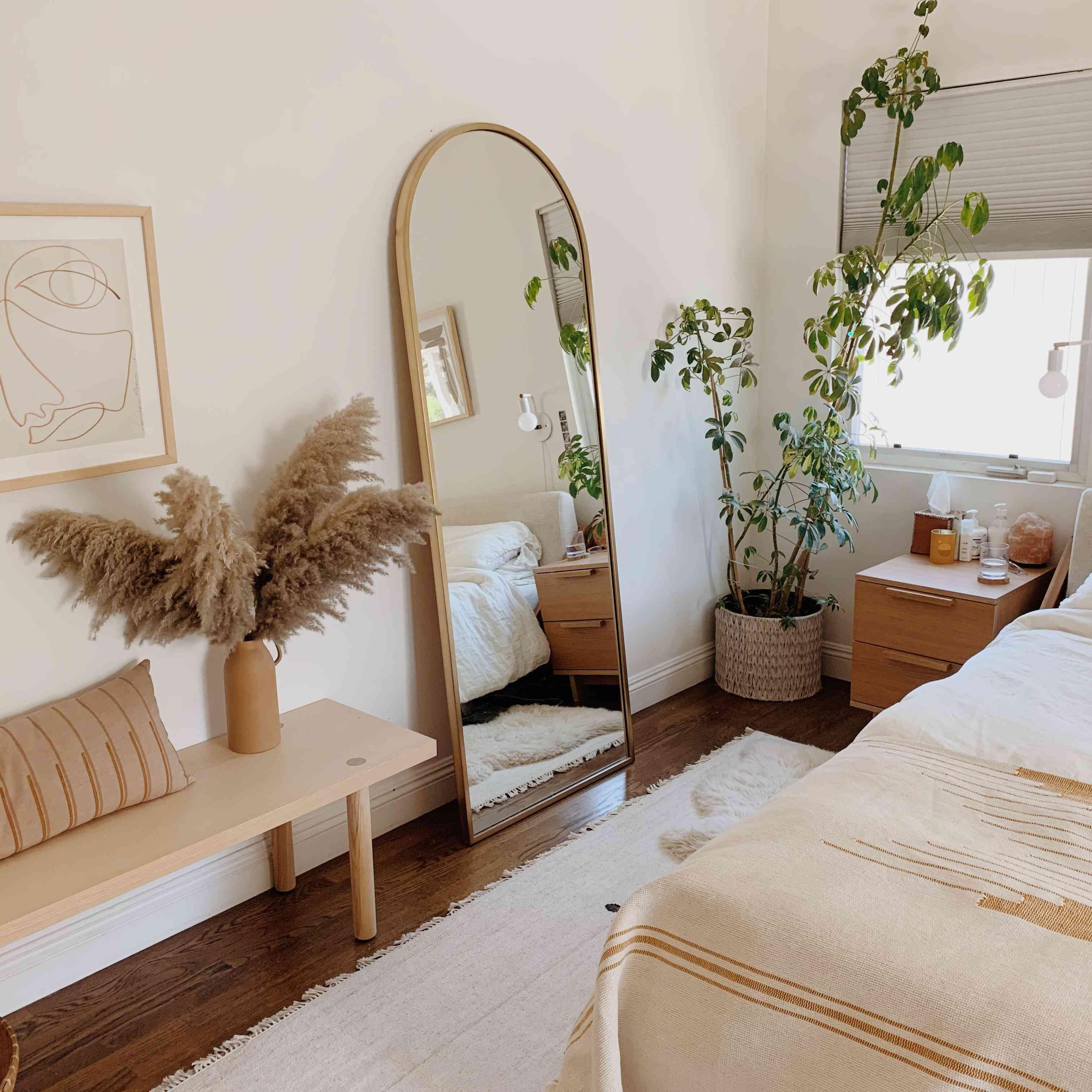 neutral plants aesthetic bedroom