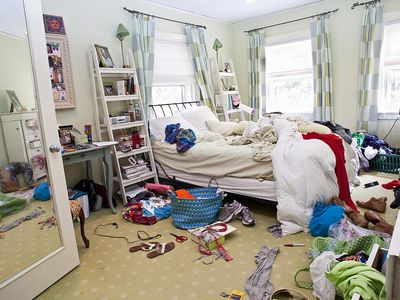 Clean And Declutter Your Bedroom In 15 Minutes Or Less