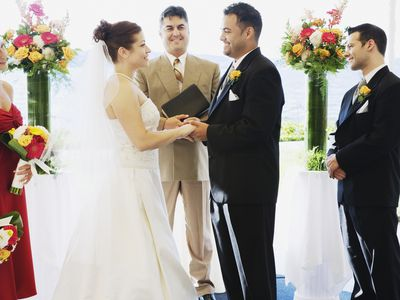 Choosing A Friend To Officiate Your Wedding
