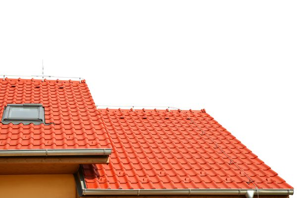 Roof house with tiled roof