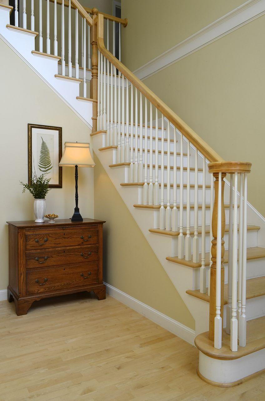 Foyer Paint : Designer s top picks for foyer paint color
