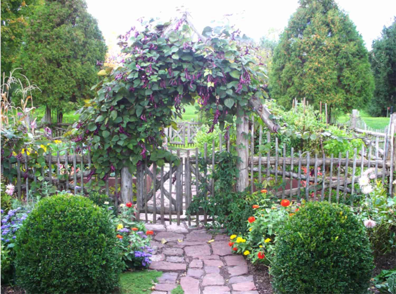 puerta de jardín antigua