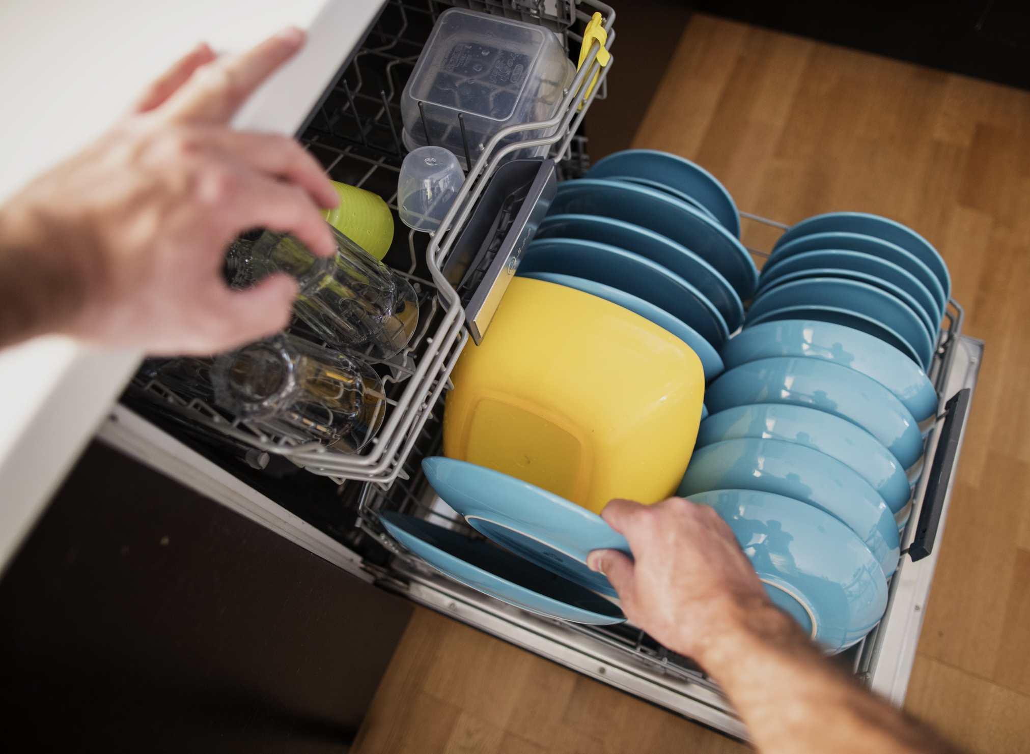 Filling dishwasher