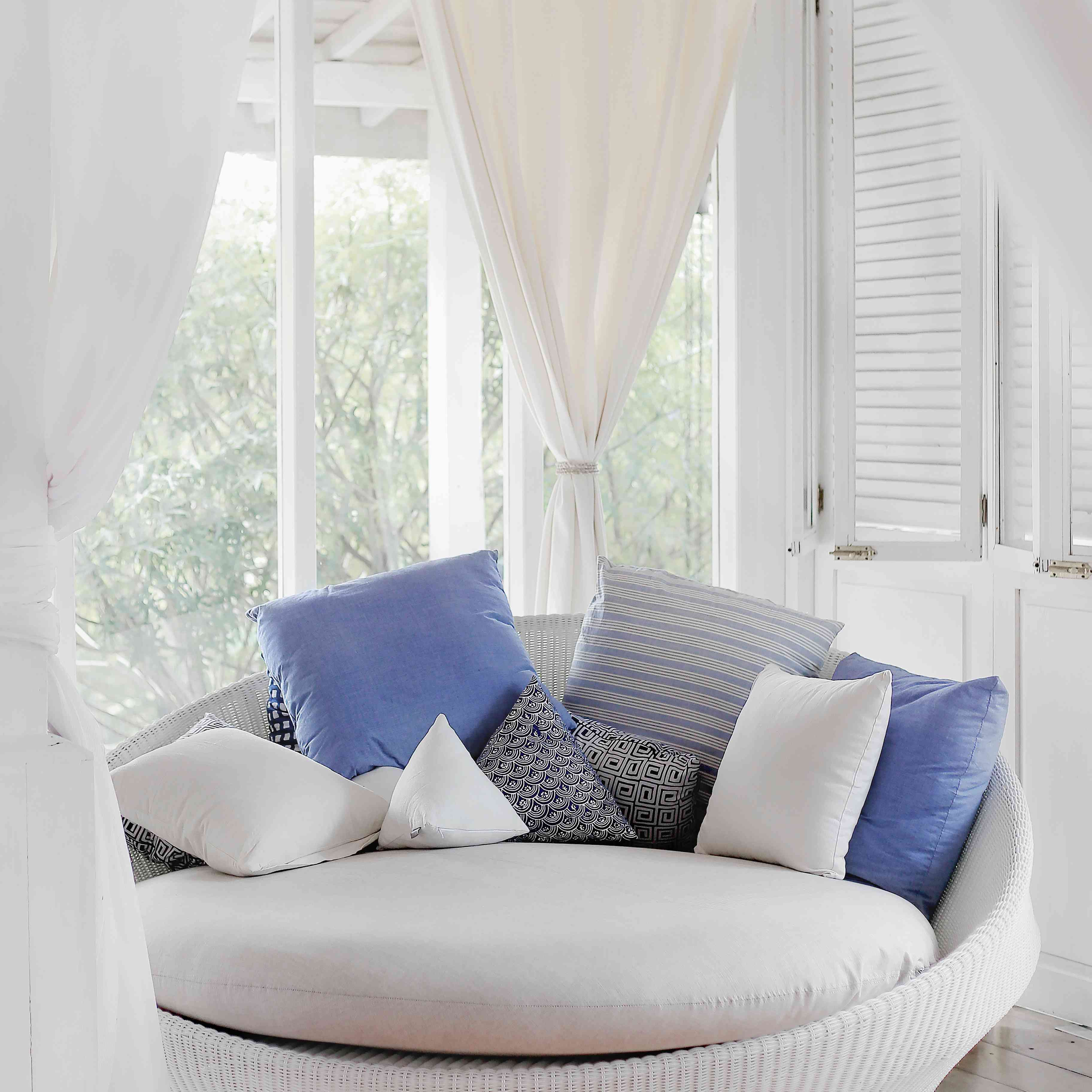 Beautiful Rooms With Beach And Coastal Cottage Decor