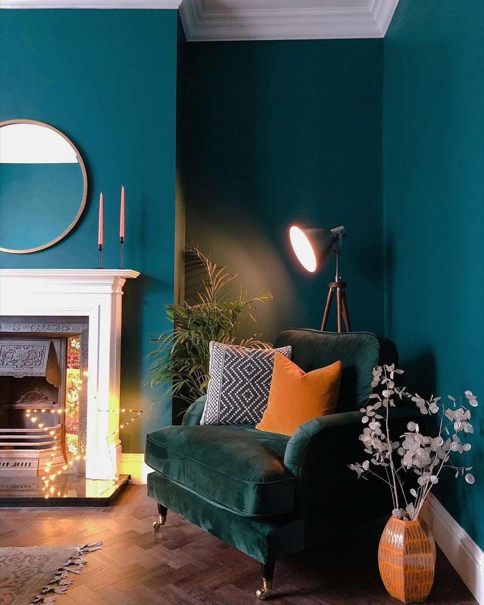 15 Green Living Rooms