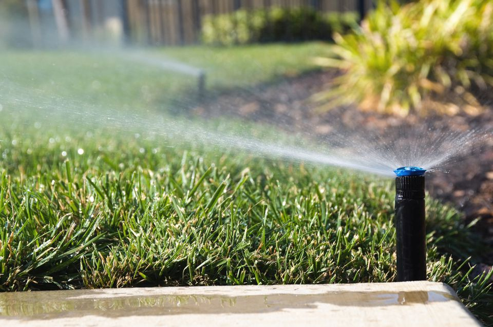 Active lawn sprinklers
