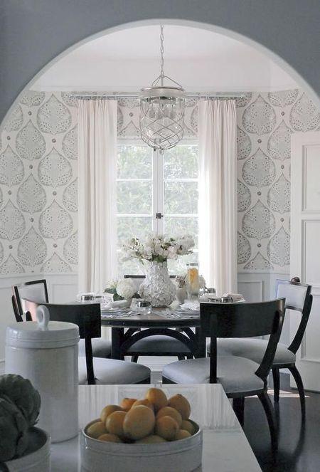 Patterned Wallpaper In A Light Gray Dining Room