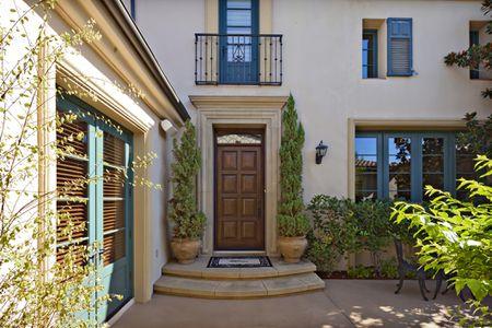 Choose Your Best Feng Shui Front Door Color