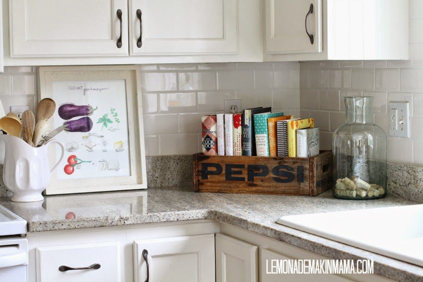 Perfect 10 Stylish Ways to Display Cookbooks in the Kitchen LG54