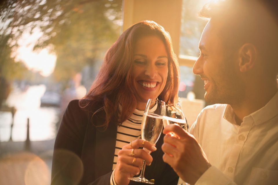 couple-champagne