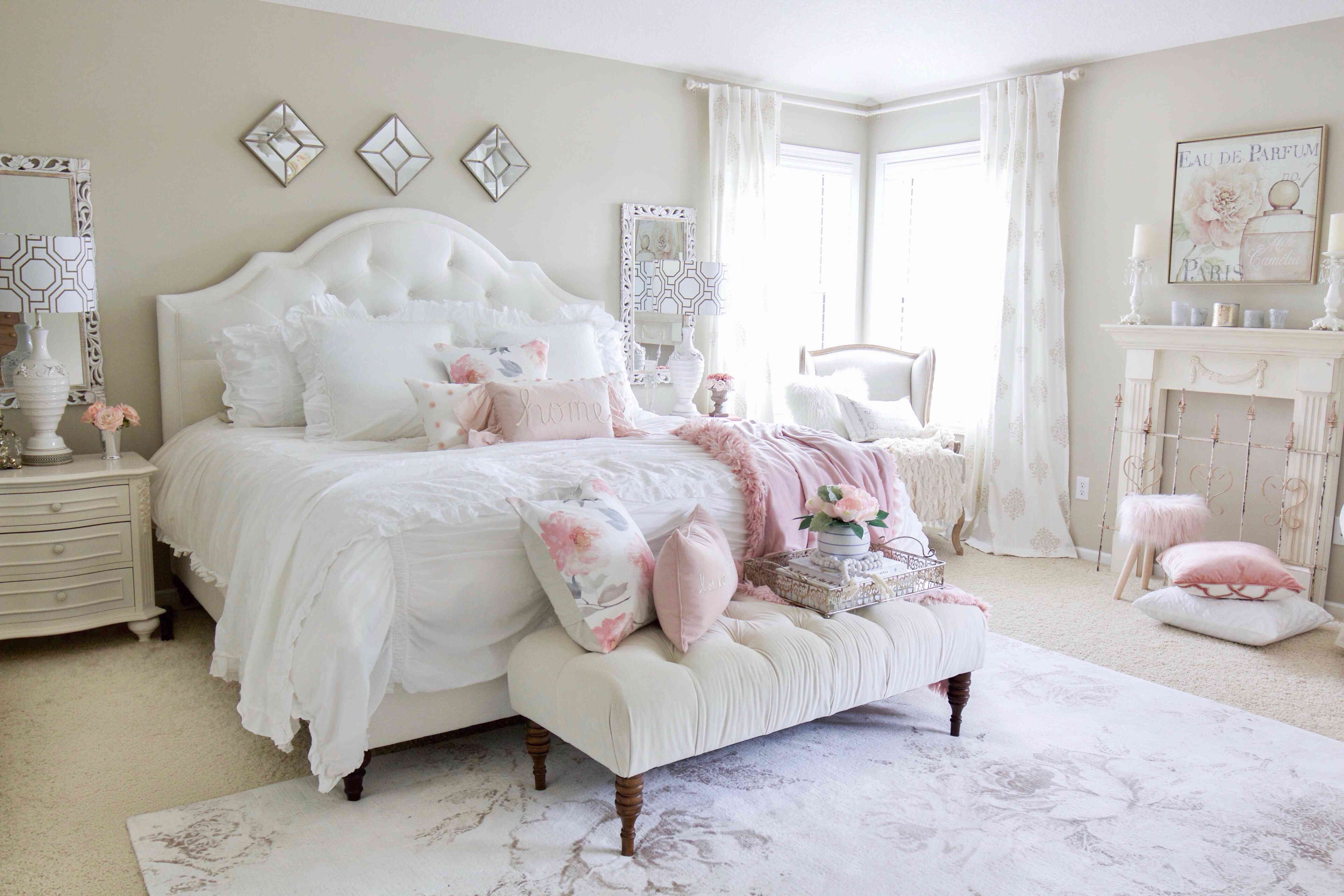 Lacey Kennedy bedroom
