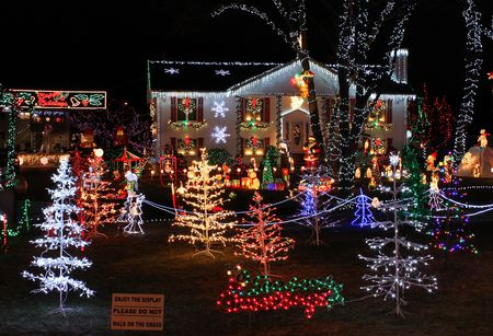 home christmas lights display