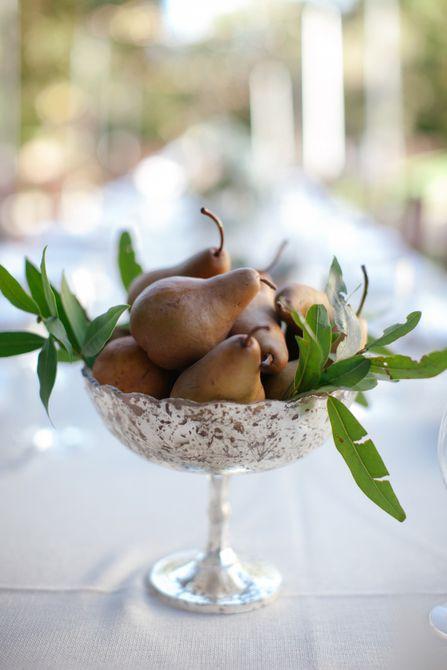 Centro de mesa de boda de invierno de pera
