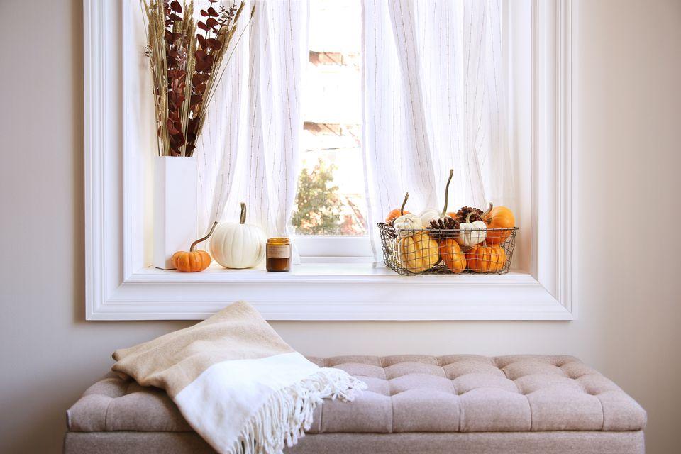 a cozy Thanksgiving nook
