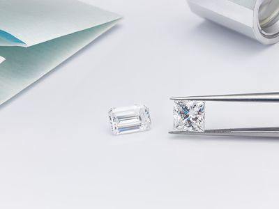 2 Carat Diamond Shapes Emerald Cut Diamond and Princess Cut Diamond