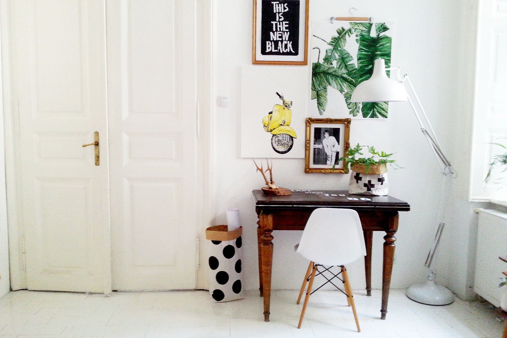 Magnificent 21 Desk Ideas Perfect For Small Spaces Short Links Chair Design For Home Short Linksinfo