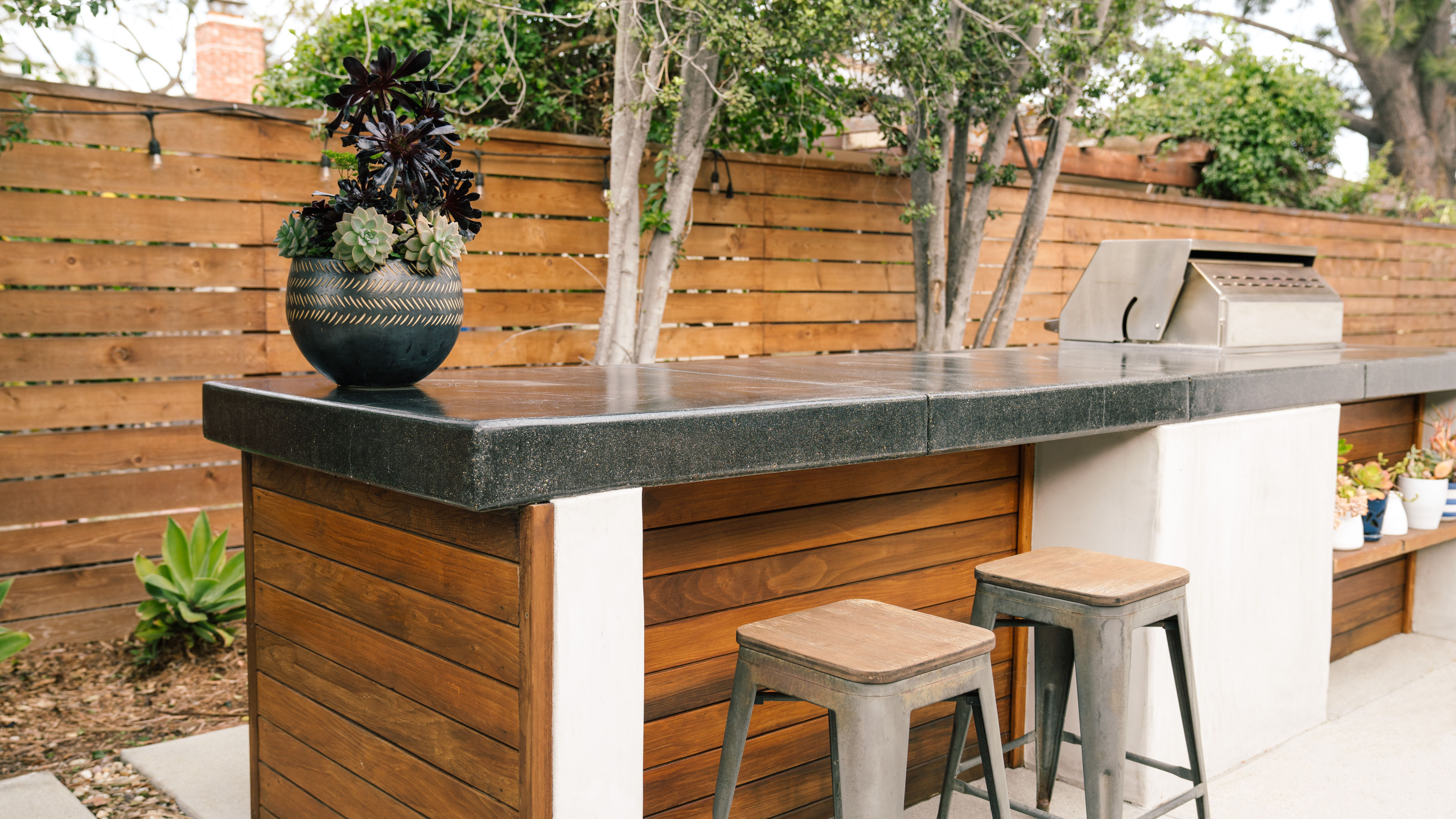 25 Smart Outdoor Bar Ideas